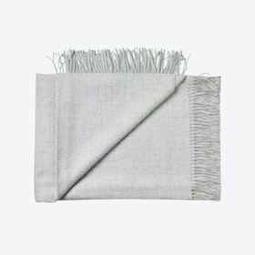 Arequipa Baby Alpaca Throw in Light Grey
