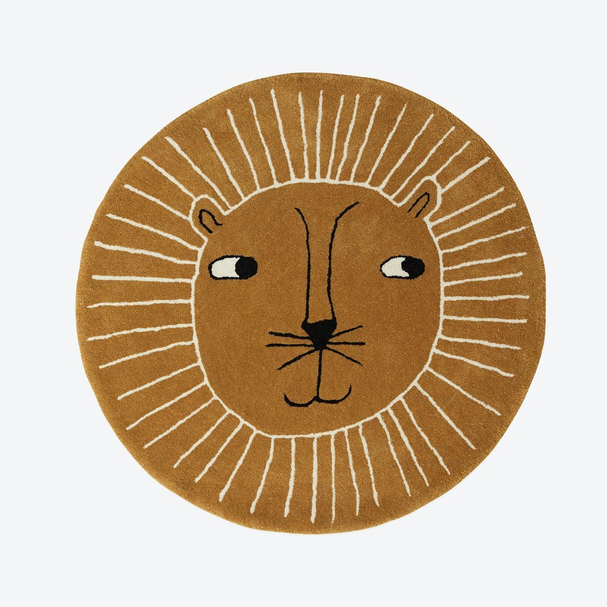 Lion Rug  in Caramel