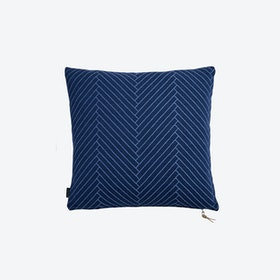 Fluffy Herringbone in Dark Blue