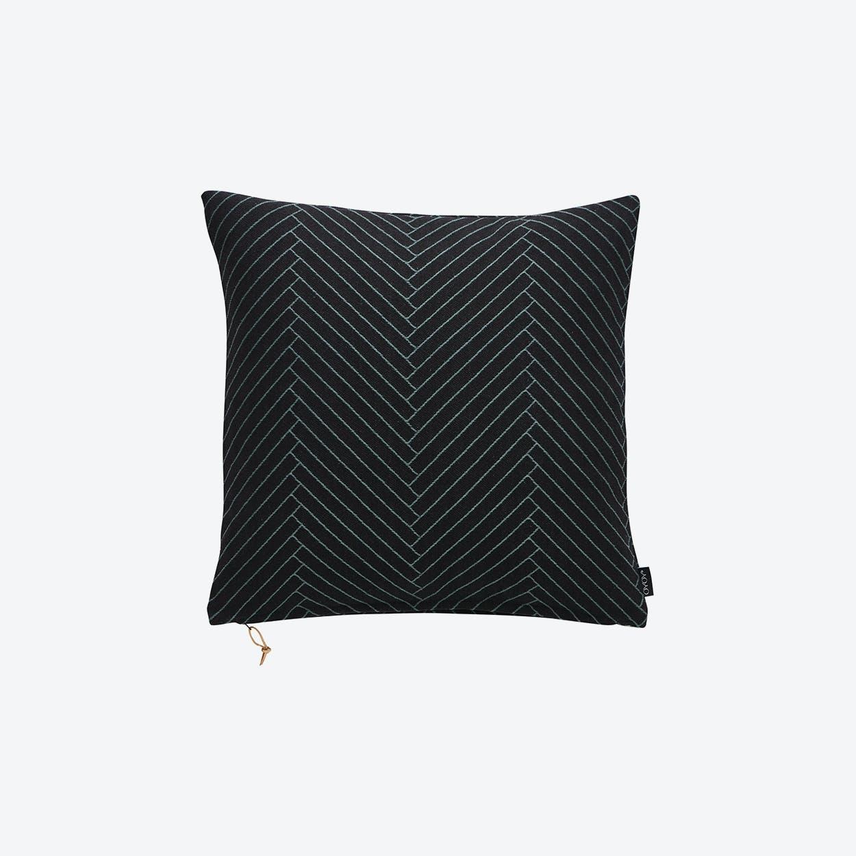 Fluffy Herringbone in Black