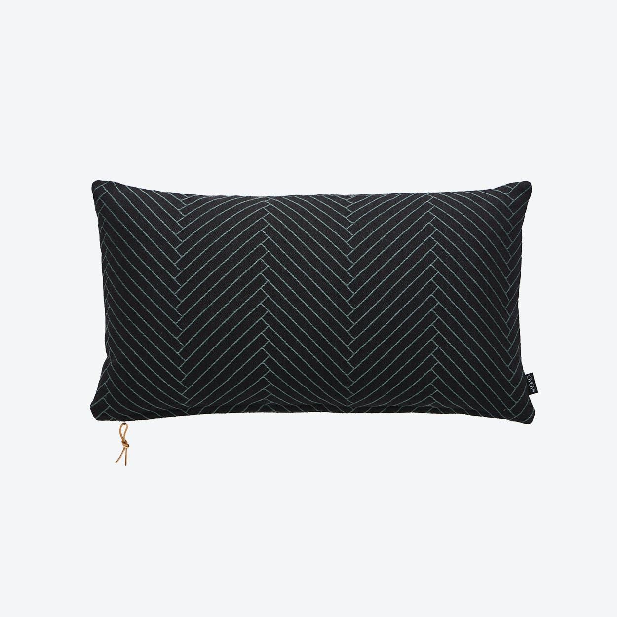 Fluffy Herringbone in Black 40X70Cm