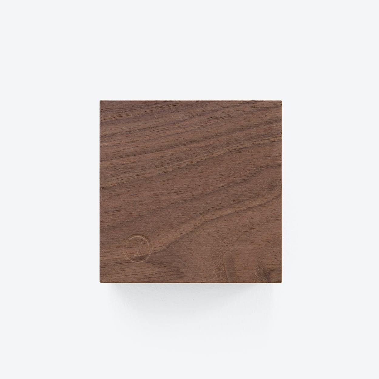 Traktor | Magnetic Wood Block in Walnut