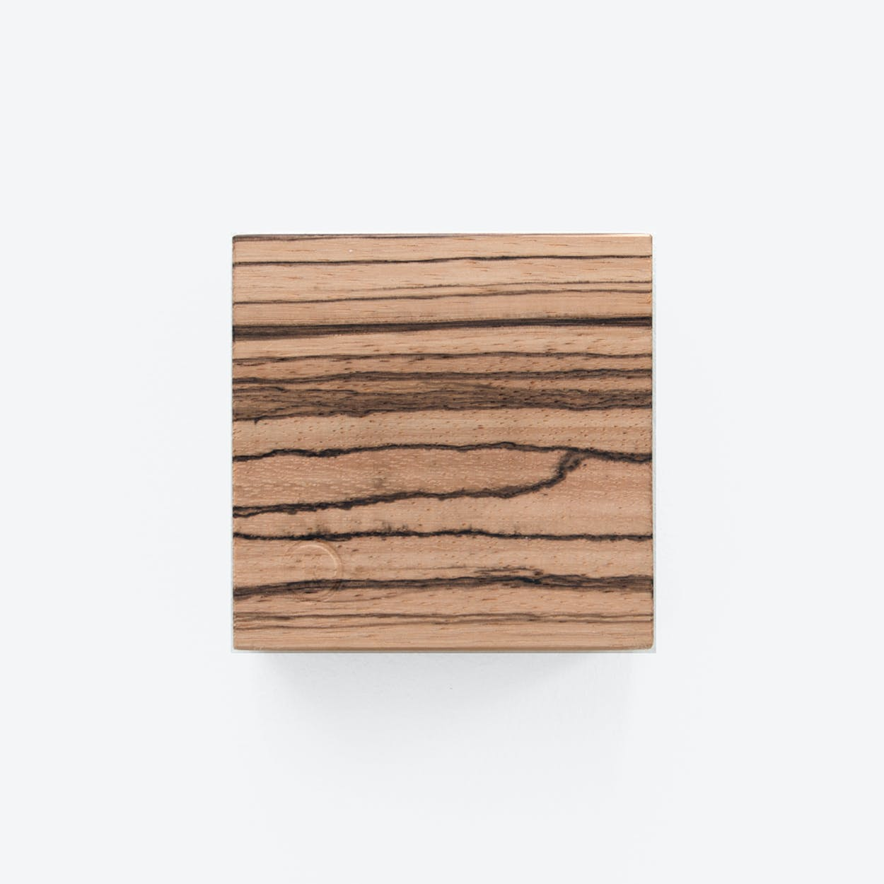 Traktor | Magnetic Wood Block in Zebrano