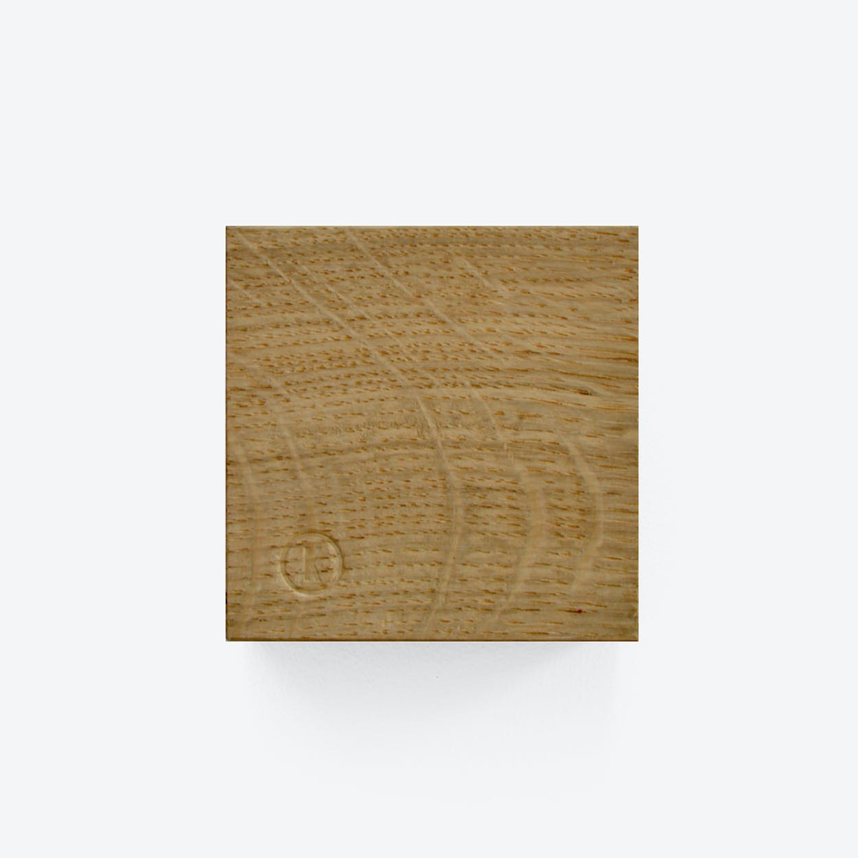 Traktor | Magnetic Wood Block in Cross Cut Oak