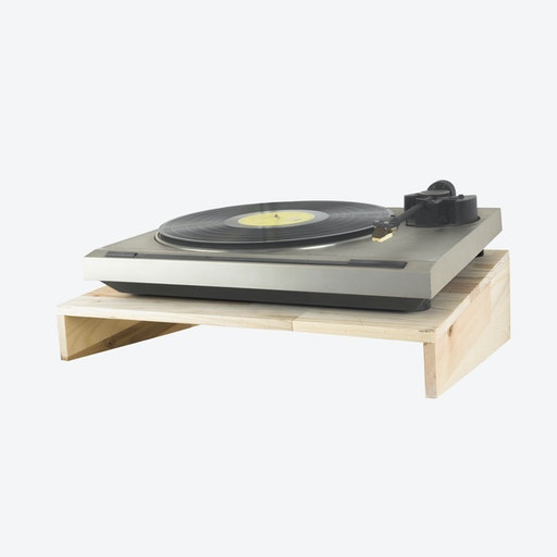 Fency Shelves, Normal Pallet Wood, Record Player