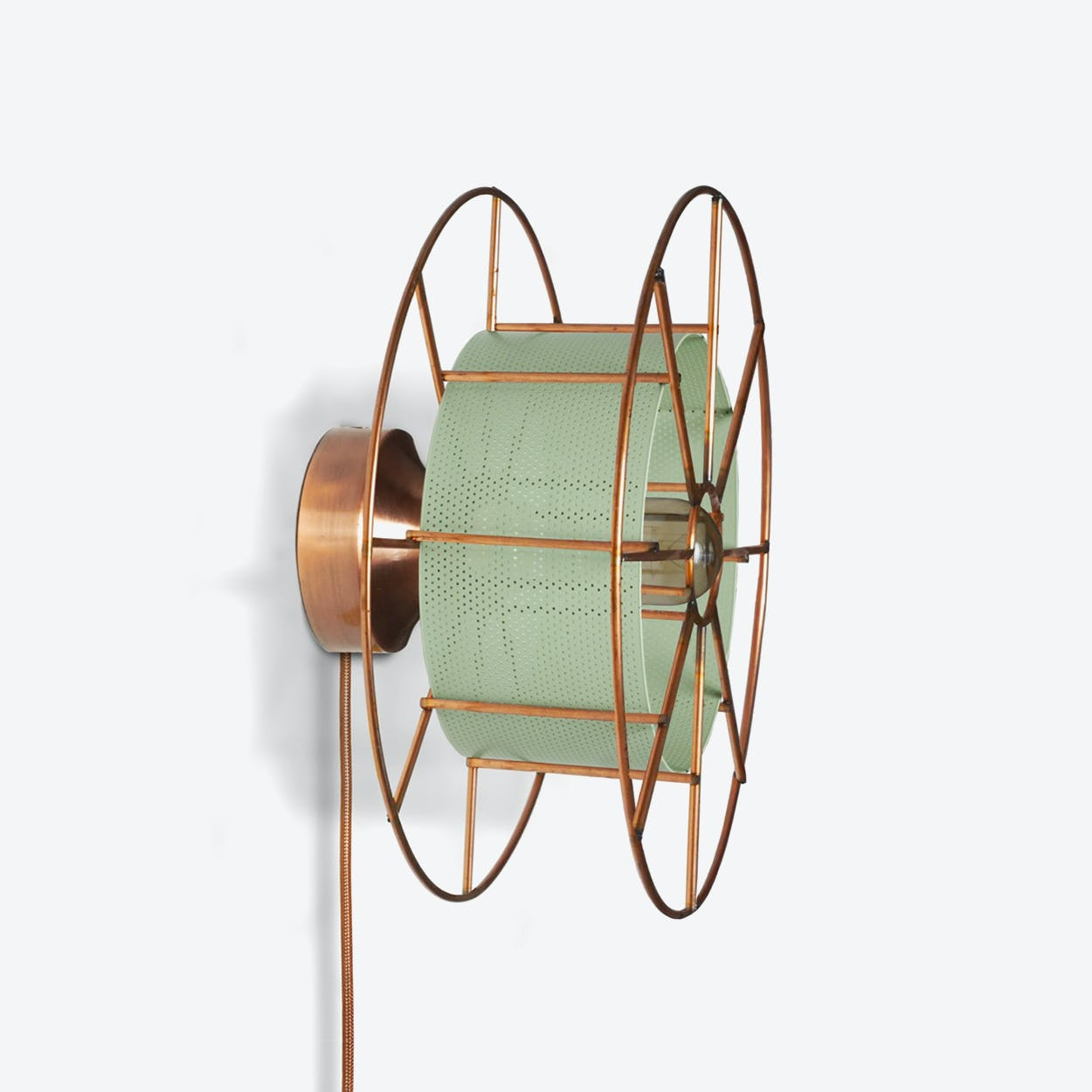 Spool Wall Light in Green
