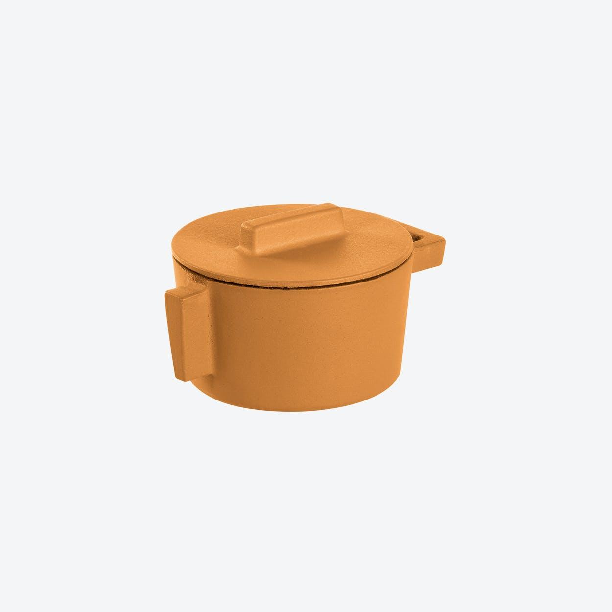 TerraCotto Cast Iron Saucepot w/ Lid in Vanilla (10ø cm)