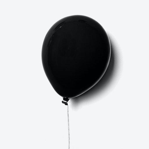 Ceramic Balloon Wall Decor in Matte Black