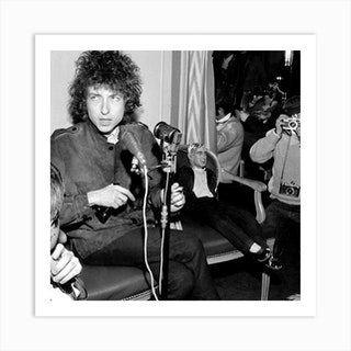 Bob Dylan During A Press Conference At Johnny Hallyday'S Place Before His Concert At The Olympia Art Print