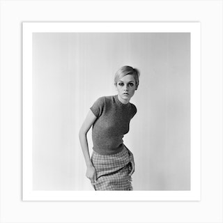 Twiggy Pictured In This October 1966 Shoot For The Mirror And Herald Art Print