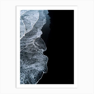 Black Sand Beach With Waves In Iceland Art Print