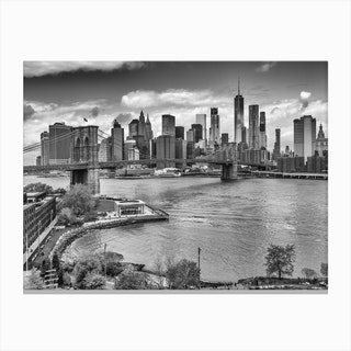 View From Manhattan Bridge Canvas Print