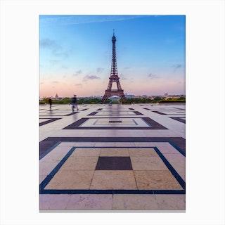 Eiffel Tower Morning Atmosphere Canvas Print