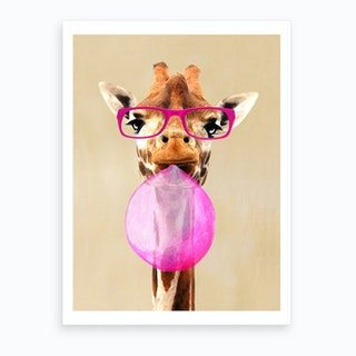 Giraffe With Bubblegum Art Print