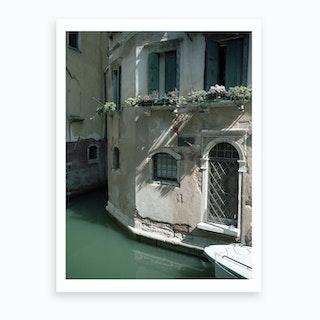 Venezia E Una Citta Verda 01 Art Print