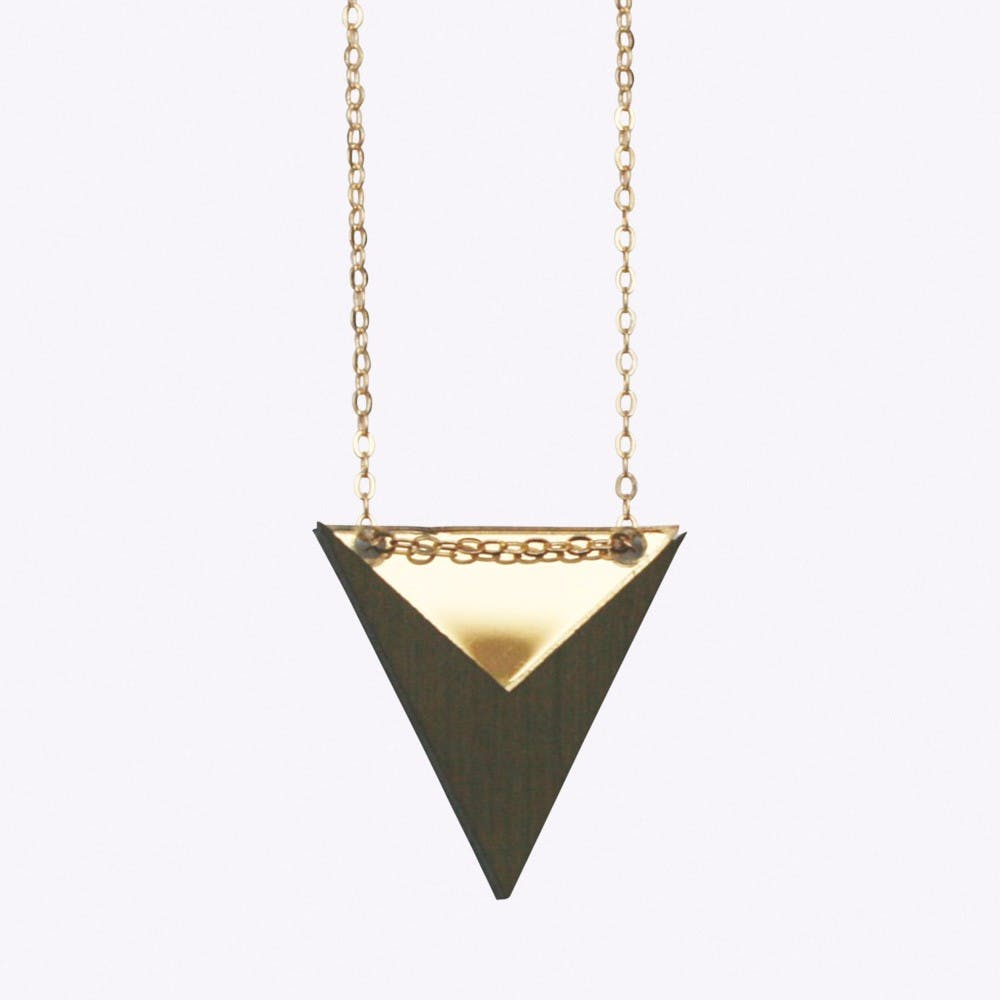 Nominativ Necklace in Gold
