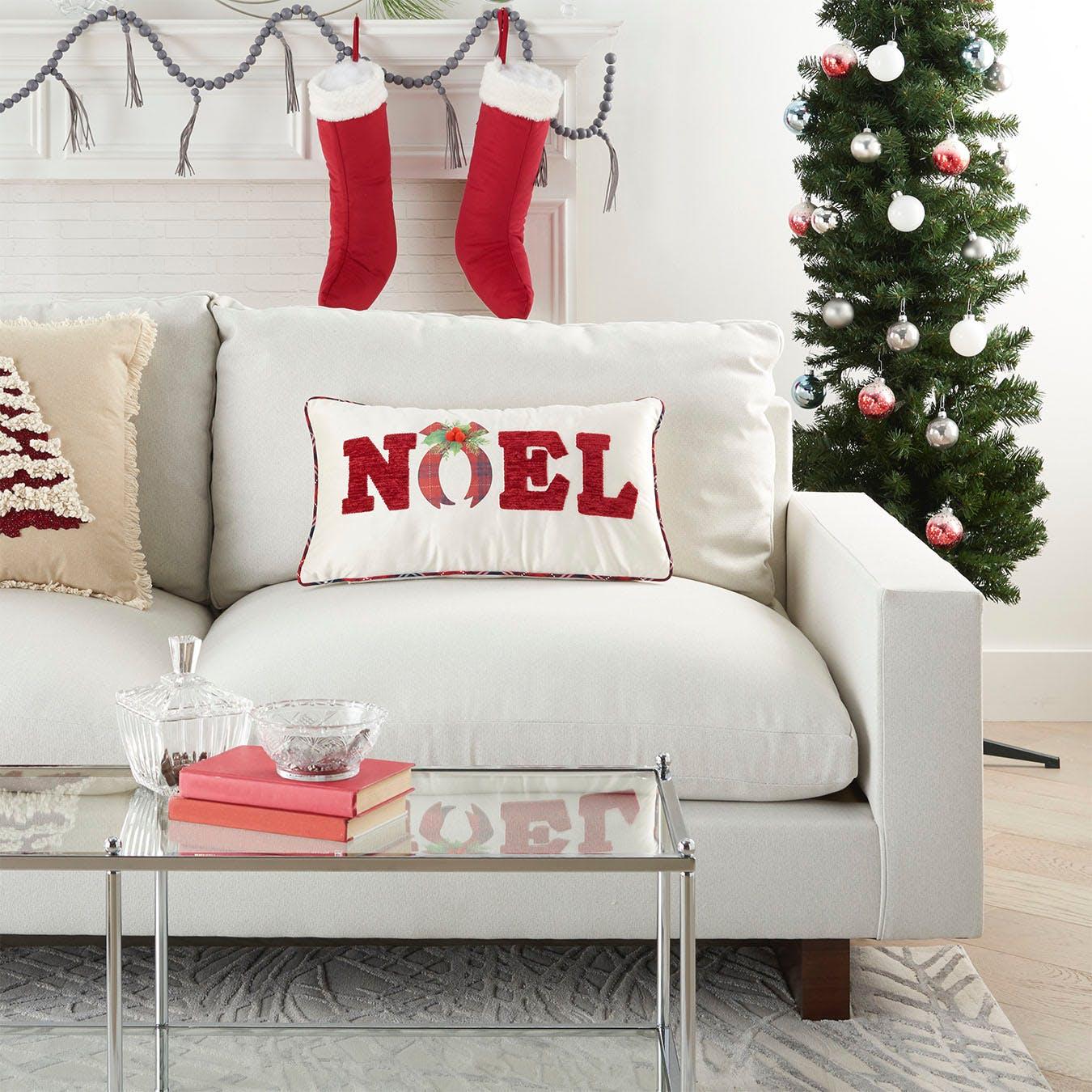 Mina Victory Christmas Pillows